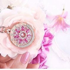 All pink everything Xmas Wishes, Old Coins, Unique Necklaces, Jewelry Branding, Luxury Jewelry, Michael Kors Watch, Rose, Bracelet Watch, Fashion Jewelry