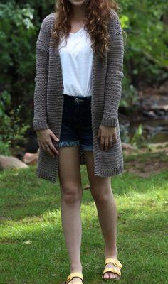 Crochet Blusas Patterns The Campfire Cardigan - Free Crochet Pattern — Hooked On Tilly Crochet Woman, Love Crochet, Easy Crochet, Crochet Tops, Beginner Crochet, Crochet Sweaters, Fall Cardigan, Long Cardigan, Lion Brand