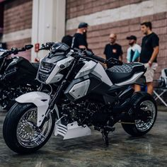Honda Grom Custom, Honda Grom 125, Honda Cb, Honda Grom Mods, Motorcycle Travel, Motorcycle Style, Custom Motorcycles, Custom Bikes, Custom Choppers