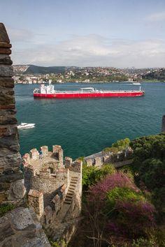 Huge Tanker, Rumeli Hisarı, Istanbul, Turkey