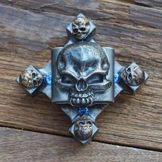 Death skull & crossbones Spinner... A range of more Spinners? We have original cool Fidget Toys. Check us out @www.dizzyspinners.com