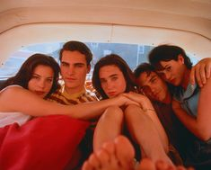 Liv Tyler, Joaquin Phoenix, Jennifer Connelly, Billy Crudup and Joana Going in Inventing Abbotts directed by Pat O´Connor, 1997