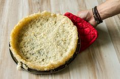 Savory rice tart shells by Greek chef Akis Petretzikis. Make this rice tart shell ahead of time and fill it with all of your favorite ingredients before baking! Gluten Free Tart Recipe, Gluten Free Rice, Gluten Free Recipes, Orzo Recipes, Tart Recipes, Cooking Recipes, Savory Rice, Tart Shells, Gluten Intolerance