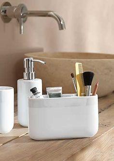 Odkryj praktyczne rozwiązania do swojej łazienki. Poznaj nasze akcesoria i dodatki, które ułatwią codzienne czynności.Zobacz nasze produkty na: https://www.tchibo.pl/-meble-lazienkowe-akcesoria-lazienkowe-t400051876.html #tchibo #tchibopolska