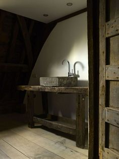 Penthouse in De Cluyse available Axel Vervoordt bathroom