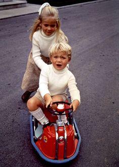 Una mirada a la vida del Príncipe de Asturias en su 45º cumpleaños #realeza…