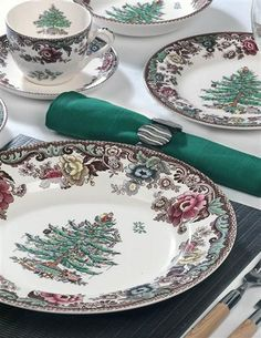 SPODE ON THE TRENT (5 PC PLACE SETTING)... Victorian Trading Company