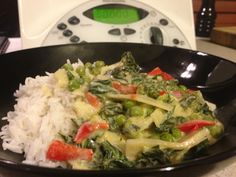 Recipe Thai Red/Green Curry Vegetarian by Simply Thermomix - Recipe of category Main dishes - vegetarian Chicken Recipes Dairy Free, Vegetarian Recipes, Cooking Recipes, Healthy Recipes, Savoury Recipes, Vegan Vegetarian, Indian Food Recipes, Asian Recipes, Ethnic Recipes