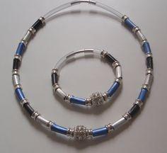 Ketten kurz - Tolle Kette blau silber aus Nespressokapseln - ein Designerstück von SaRa-Design bei DaWanda Paper Jewelry, Paper Beads, Beaded Jewelry, Diy Jewelry, Recycled Jewelry, Recycled Crafts, Coffee Pods, Upcycle, Jewelry Making