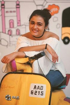 movies : Shalini Pandey is on cloud nine as her long pending movie is gearing up for a release. The actress is also upset as Love remake in Tamil Cute Girl Poses, Girl Photo Poses, Girl Photos, Beautiful Girl Photo, Beautiful Girl Image, South Actress, South Indian Actress, Bollywood Actress Hot Photos, Heroine Photos