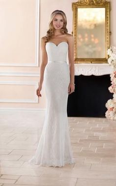 CC's Boutique offers the Stella York Bridal gowns at a wonderful price. Call or today to verify our pricing and availability for the Stella York Bridal dress. Stella York is available at our Ivory and Lace and Kennedy location Sleek Wedding Dress, Sheath Wedding Gown, Elegant Wedding Dress, Wedding Gowns, Trendy Wedding, Stella York, Mermaid Dresses, Bridal Dresses, Lace Bridal
