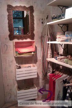 Casa Montada: Anthropologie - caixas comop prateleiras