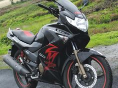 Hero bike company new and sporty bike model is  Karizma zmr July month 2013 model, due to some problem I am sealing my zmr bike in only 46 thousand  INR Rs. Bike color is black as 128 kmph Maximum speed as whole standard features added in this bike.