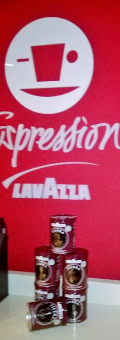 ROSEMAR SCHICK: LAVAZZA EXPRESSION - café