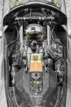 Jet Fighter Pilot, Air Fighter, Fighter Jets, Airplane Fighter, Fighter Aircraft, F 16 Cockpit, Photo Avion, F22 Raptor, Military Veterans