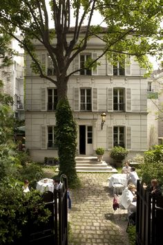 restau hotel particulier 23 avenue Junot, 75018 Paris