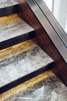 Hidden lighting to illuminate the steps interior design at the Shangri La hotel Marble Staircase, Interior Staircase, Modern Staircase, Staircase Design, Interior Architecture, Interior Livingroom, Stair Handrail, Staircase Railings, Stairways