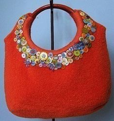 Knitting Pattern Name: Felted Ring Top Tote Pattern by: Jennifer Pace, Pipp's Purses Recycled Sweaters, Wool Sweaters, Felt Purse, Kelly Bag, Handmade Purses, Button Crafts, Button Art, Fabric Bags, Clutch
