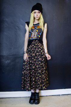 Long floral skirt, tshirt & beanie x