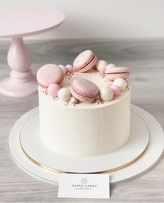 28 Ideas For Simple Birthday Cake Decorating Decoration Pretty Cakes, Cute Cakes, Beautiful Cakes, Yummy Cakes, Amazing Cakes, Mini Cakes, Cupcake Cakes, Bolos Naked Cake, Macaroon Cake
