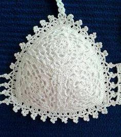 D & # iArt Crochet Art: Crocheted Bikini Motif Bikini Crochet, Beach Crochet, Crochet Bra, Crochet Motifs, Crochet Blouse, Crochet Clothes, Crochet Patterns, Art Au Crochet, Diy Crafts Crochet