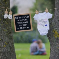 Trendy baby reveal ideas with kids Ideas Cute Pregnancy Announcement, Pregnancy Photos, Pregnancy Tips, Gender Reveal Announcement, Pregnancy Announcement Photos, Announce Pregnancy, Disney Baby Announcement, Cute Pregnancy Pictures, Symptoms Pregnancy