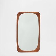 https://www.zarahome.com/de/dekoration/spiegel/asymmetrisch-rechteckiger-spiegel-in-naturfarbe-c1020031275p300029897.html
