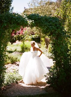 California Coral Wedding from Meg Smith Photography  Read more - http://www.stylemepretty.com/2013/10/02/california-coral-wedding-from-meg-smith-photography/