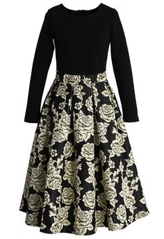 Modest metallic and black and floral print midi dress | Mode-sty
