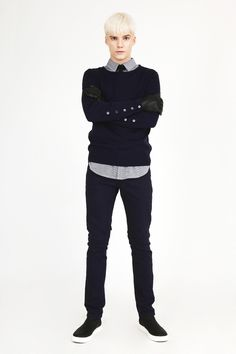 Munsoo Kwon FW12 collection Look17. Sleeve placket sweater – navy, Houndstooth shirt – white+navy check, Sam denim pants – navy.