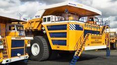 The World's biggest dump truck - BBC Top Gear Now thats BIGGGGG. www.batsbirdsyard.com =Bat Houses