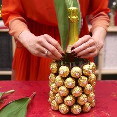 Kreativní dárek na poslední chvíli - vyrobte vánoční ananas - Svět kreativity Make Your Own, How To Make, Pineapple, Chocolate, Fruit, Christmas, Gifts, Food, Diy