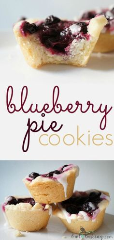 These little blueberry pie cookies are a quick and easy pie recipe and are WAY better than your average blueberry pie! They pack in so much flavor and are mini, which makes them the perfect dessert for parties! This recipe is literally one of my favo - f Mini Desserts, Cookie Desserts, Just Desserts, Cookie Recipes, Delicious Desserts, Dessert Recipes, Yummy Food, Plated Desserts, Picnic Recipes