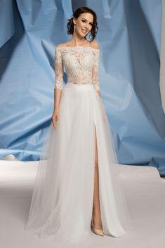 Suknie ślubne Fulara&Żywczyk GRADIENT Formal Dresses, Wedding Dresses, Style, Fashion, Bridal Dresses, Moda, Bridal Gowns, Formal Gowns, Wedding Gowns
