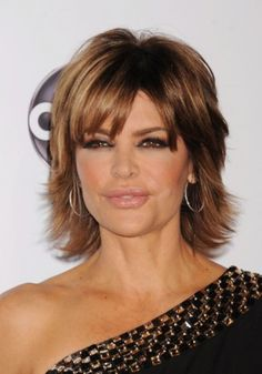 *Lisa Rinna has an iconic brunette shag. With its choppy layers and rich highlights, it's an age-appropriate way to wear an easy medium-length hairstyle that is perpetually youthful. Short Shaggy Haircuts, Shaggy Short Hair, Shag Hairstyles, Pretty Hairstyles, Brunette Hairstyles, Medium Brunette Hair, Medium Hair Styles, Short Hair Styles, Sassy Hair