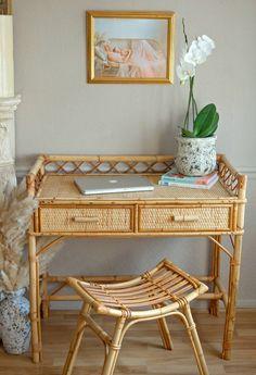 Cane Furniture, Bamboo Furniture, Vintage Dressers, Vintage Furniture, Bamboo House Design, Bamboo Table, Bohemian Room, Bedroom Decor, Bedroom Ideas