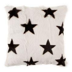 Zara Hoe Yuna cushion sheepskin with starprint