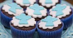 Resultado de imagem para bolo cupcake batizado