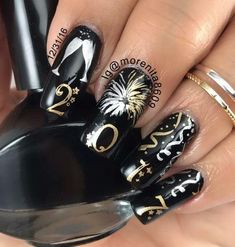 Both long nails and short nails can be fashionable and beautiful by artists. Short coffin nail art designs are something you must choose to try. They are one of the most popular nail art designs. Today, in this article, we have collected 40 stylish New Years Nail Designs, New Years Nail Art, New Years Eve Nails, Nail Art Designs, Nails Design, New Year's Nails, Fun Nails, Hair And Nails, Christmas Nail Art