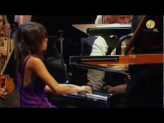 Mendelssohns - Piano Concerto No. 1 in G minor (op. 25) , Pianist: Yuja Wang,  Conductor: Kurt Masur                                                                                  1 Mov: Molto allegro con fuoco in G minor  2 Mov: Andante in E major 3 Mov: Presto—Molto allegro e vivace in G major