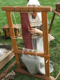 Osberg sprang loom-I have one of these, or very similar, from The Spanish Peacock