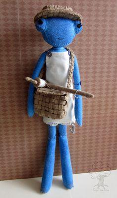Prudence the Praying Mantis #dolls #softies
