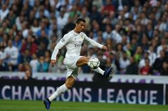 Real Madrid's Portuguese forward Cristiano Ronaldo controls the ball during the UEFA Champions League semi-final second leg football match Real Madrid CF vs Manchester City FC at the Santiago Bernabeu stadium in Madrid, on May 4, 2016.