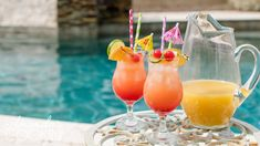 Sweet Mixed Drinks, Summer Mixed Drinks, Mixed Drinks Alcohol, Rum Punch Cocktail, Cocktail Drinks, Cocktail Recipes, Party Drinks, Rum Punch Recipes, Alcohol Recipes