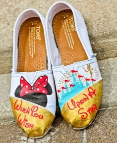 Disney-inspired shoes, Hand-painted Canvas Flat Shoes http://www.justtrendygirls.com/hand-painted-canvas-flat-shoes/