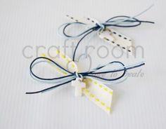 μαρτυρικο βαπτισης για αγορι με λευκο σταυρο σε κιτρινο και μπλε