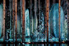 Verso il finale la presenza dell'acqua diventa via via più consistente, evidenziando così il completo scongelamento della scena e del cuore del protagonista.