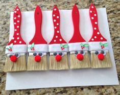 Most Creative Christmas Decorations - Crafty Morning - santa-paintbrushes-christmas-decoration - Pallet Christmas, Christmas Frames, Christmas Items, Christmas Fun, Christmas Ornaments, Letter Ornaments, Christmas Fabric, Christmas Presents, Diy Halloween
