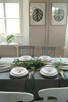 Der Graue Hirsch eignet sich perfekt für den modernen Urban Chic Style #handgefertigt #handmade #pottery #tableware #deko #interior #inspo #madeinaustria #craftmanship Modern, Table Settings, Table Decorations, Furniture, Design, Home Decor, Handmade, Table, Homes