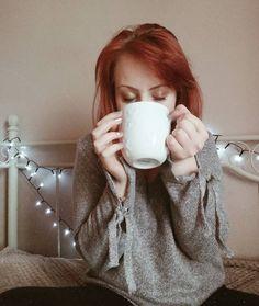 """Polubienia: 435, komentarze: 26 – Kornelia Kuźma (@korneliakuzma) na Instagramie: """"kawa w kubku wielkości głowy i mogę się uczyć 📚🙌☕ . . .…"""""""